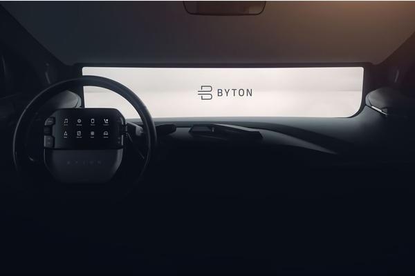 Byton toont interieur productiemodel