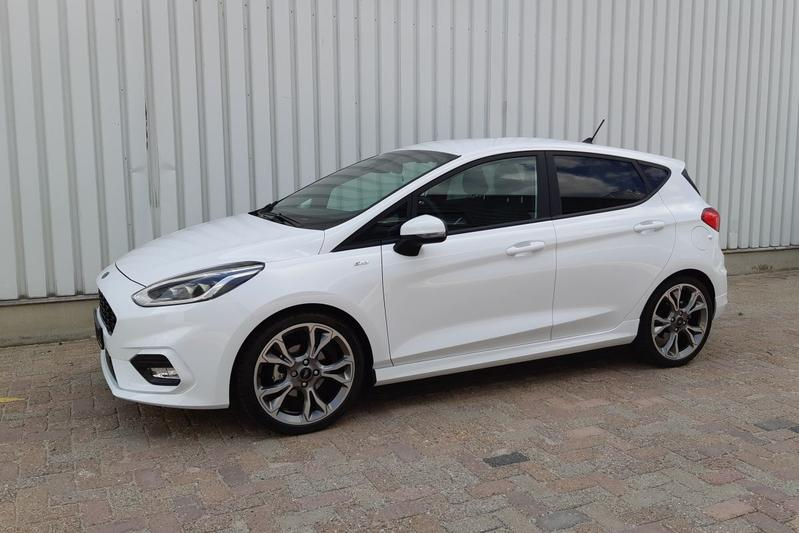 Ford Fiesta 10 Ecoboost 100pk St Line 2019 Review