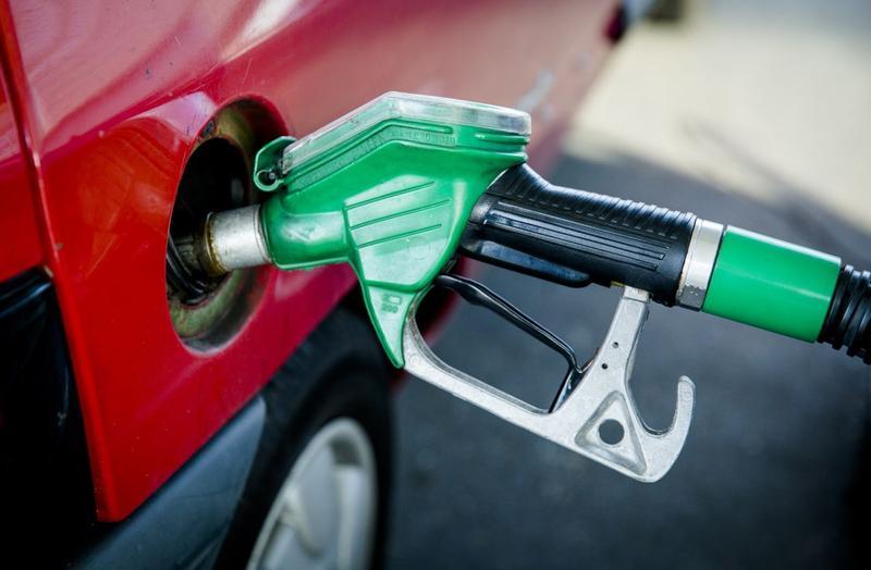 Benzine tanken pomp (foto ANP)