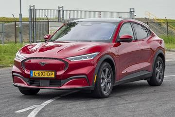 Ford Mustang Mach-E krijgt grotere actieradius