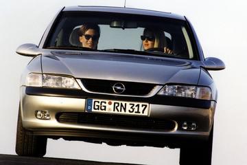 Opel Vectra B - Facelift Friday
