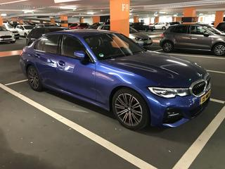 BMW 330i (2019)