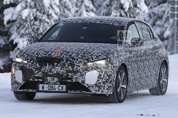Nieuwe Peugeot 308 betrapt
