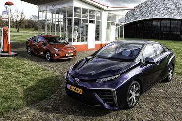 Toyota Mirai en Prius
