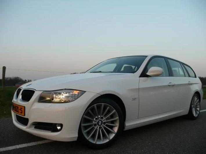 BMW 318d Touring Corporate Lease (2009)