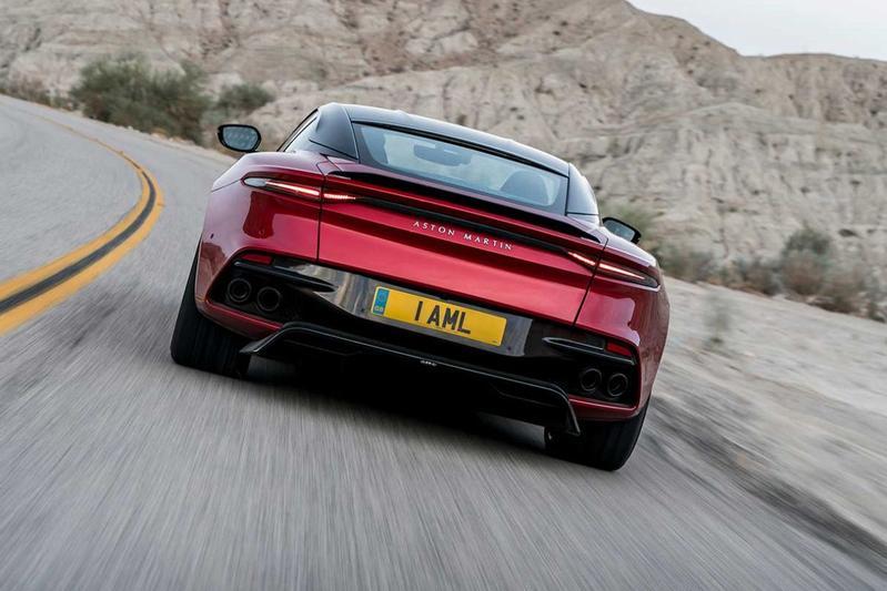 Gelekt Aston Martin DBS Superleggera