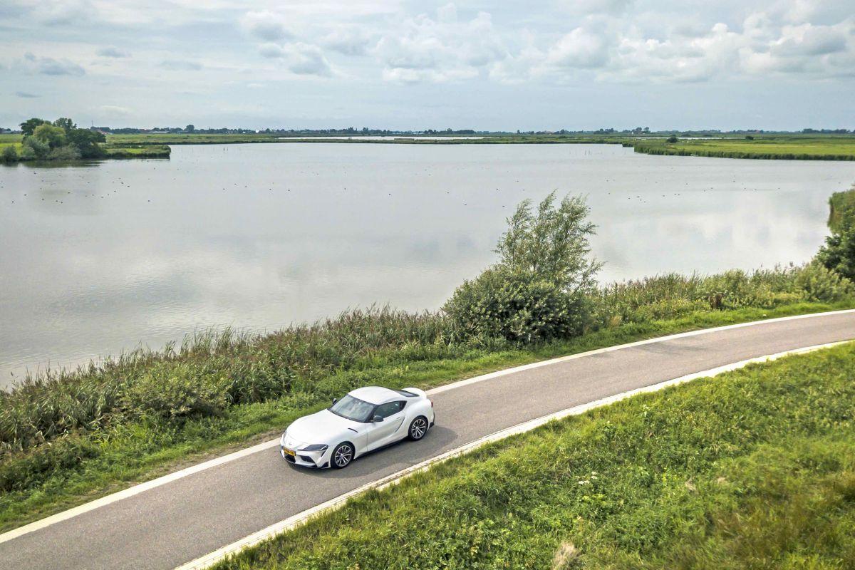 De Dijk Toyota Supra Nederland landschap
