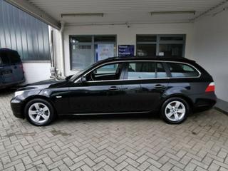 BMW 525i Touring High Executive (2009)