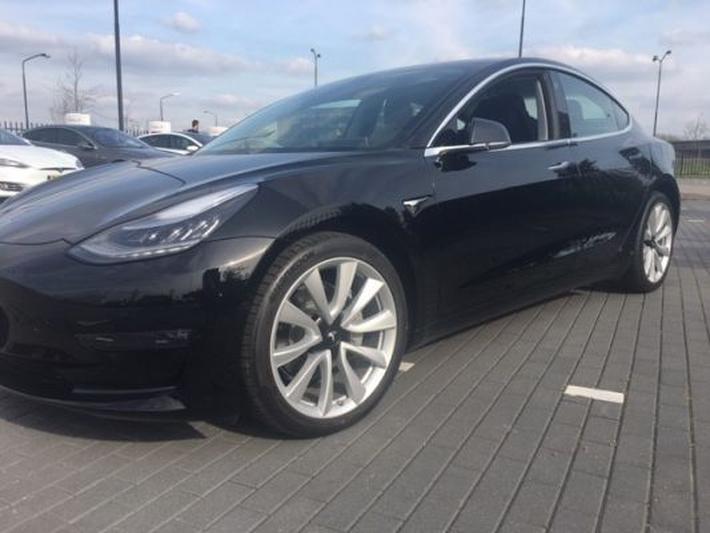 Tesla Model 3 Long Range Awd 2019 Review Autoweeknl