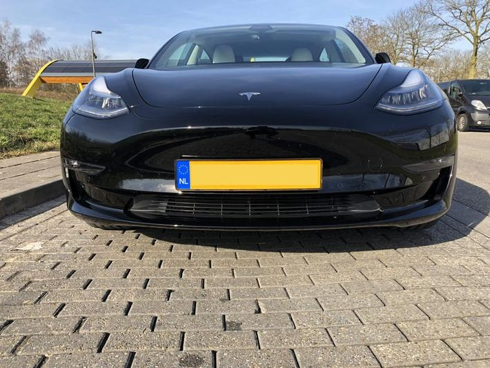 Tesla Model 3 Performance AWD (2019) review - AutoWeek.nl