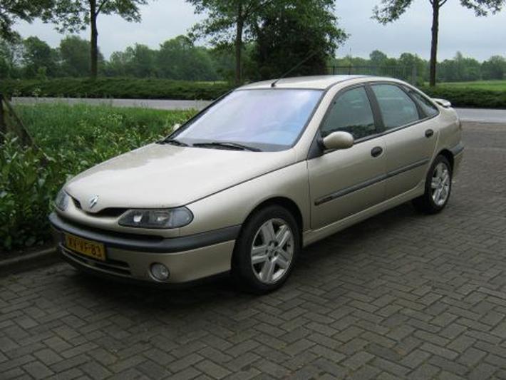 Renault Laguna RXT 3.0 V6-24V (1999)