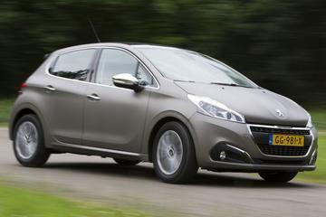 Motorenlijst Peugeot 208 aangepast