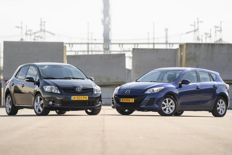 Toyota Auris (2010) - Mazda 3 (2011) - Occasiondubbeltest