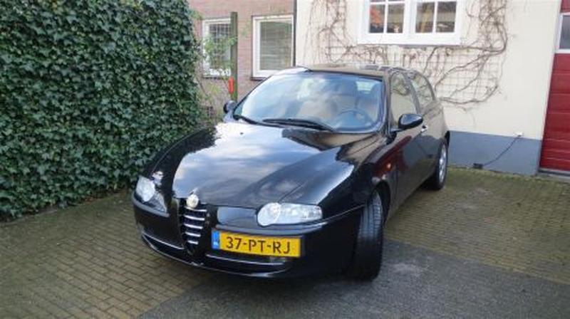 Alfa Romeo 147 1.9 JTD 115pk Distinctive (2004)