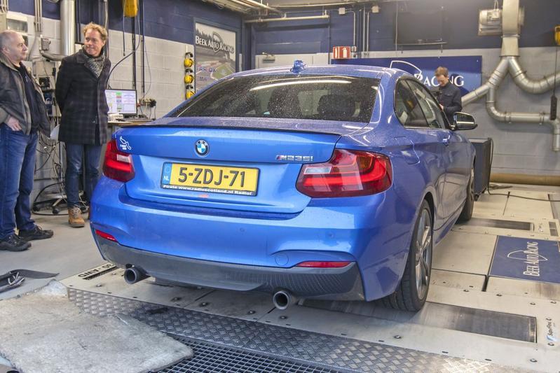 BMW M235i - Op de Rollenbank