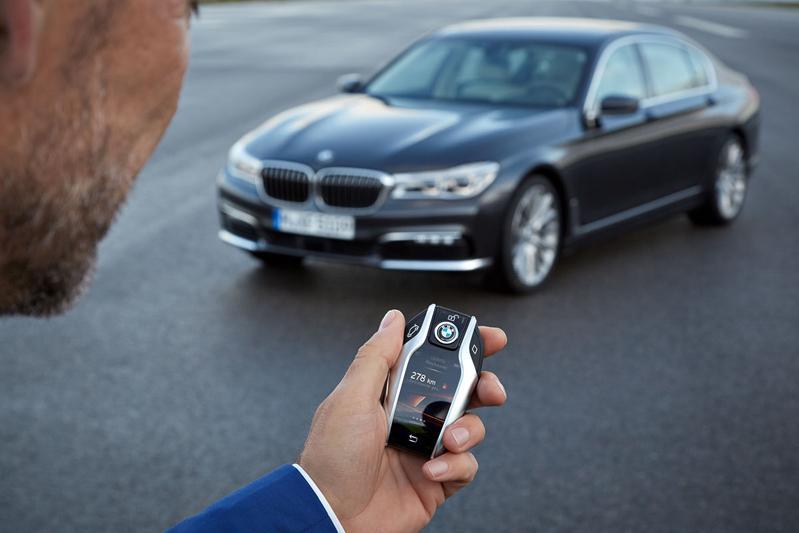 'BMW trekt toekomst autosleutel in twijfel'