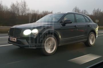 Vernieuwde Bentley Bentayga duikt op in Nederland