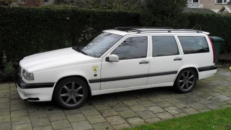 Volvo 850 R 2.3i Turbo 20V Estate (1996)