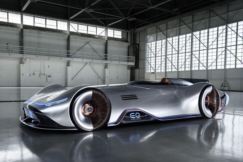 Dít is de Mercedes-Benz EQ Silver Arrow