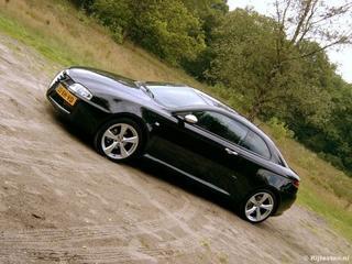 Alfa Romeo GT 1.9 JTDm 16V Q2 (2007)