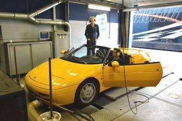 Op de rollenbank - Lotus Elan Turbo