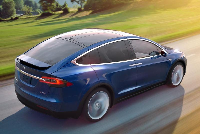 Op Een Rij Alle Prijzen Tesla Model X Autonieuws