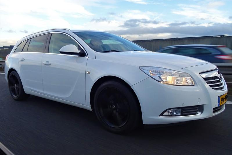 Opel Insignia Sports Tourer 1.6 Turbo Sport (2011)