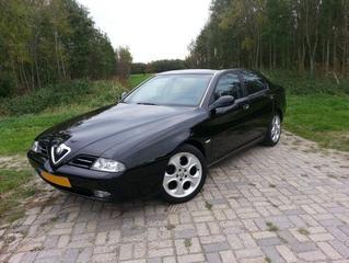 Alfa Romeo 166 2.0 T.Spark Progression (2003)