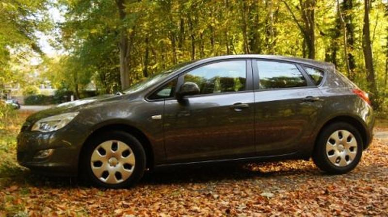 Opel Astra 1.4 Turbo 120pk Edition (2011)