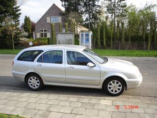 Lancia Lybra SW 1.9 JTD LX (2000)