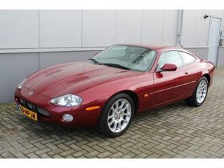 Jaguar XKR (2001)