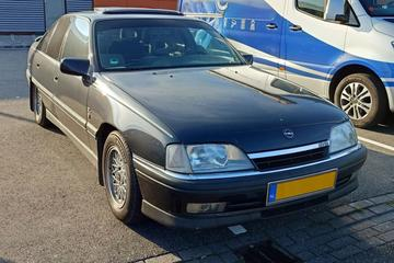 Opel Omega (1992) - In het Wild