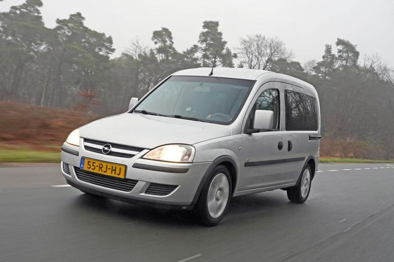 Opel Tour 1.4-16V – 2005 – 499.801 km - Klokje Rond