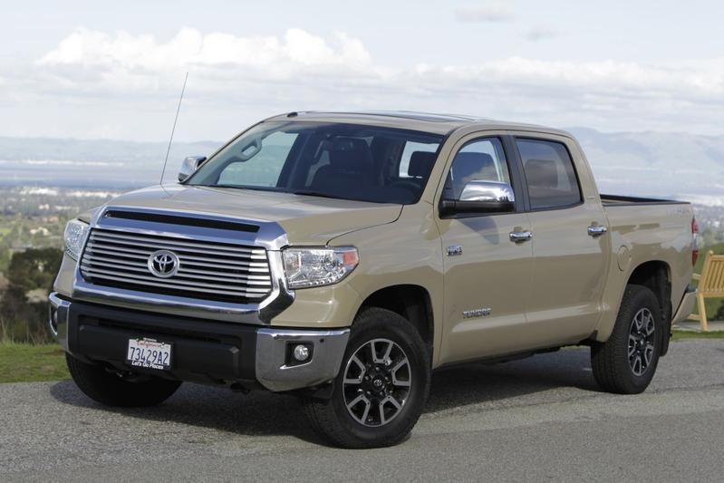 Toyota Tundra Crewmax Limited 5.7 iForce V8