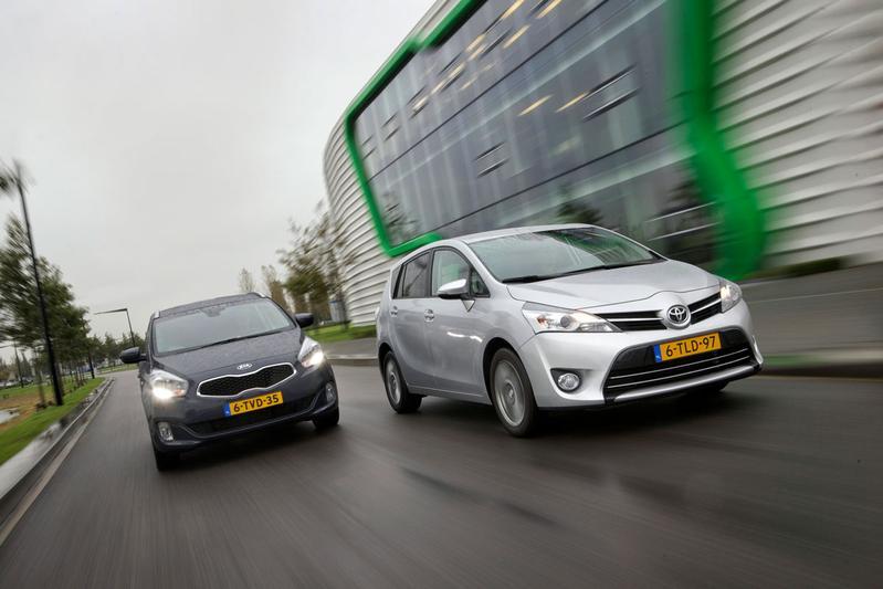 Kia Carens - Toyota Verso