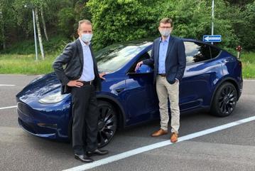 VW-topman Diess onder indruk van Tesla Model Y