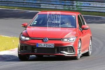 Volkswagen Golf GTI TCR strekt de benen