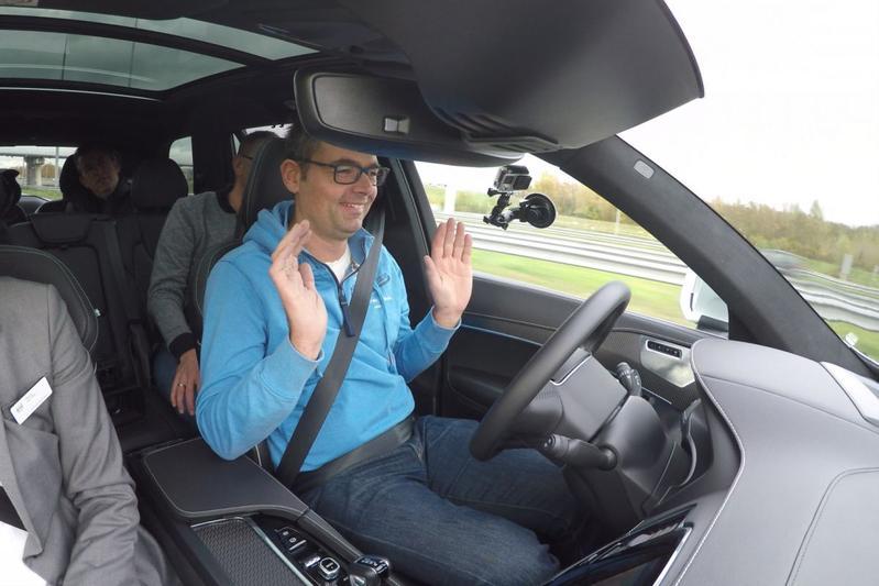 Intel: 'zelfrijdende auto moet vertrouwen winnen'
