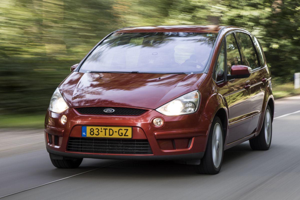 Ford S-Max Klokje Rond
