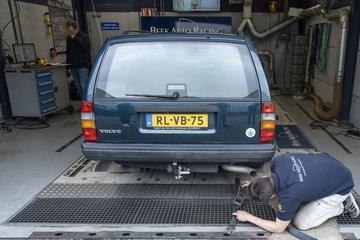Volvo 940 - Op de Rollenbank