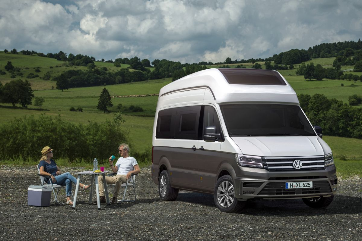 volkswagen crafter als california xxl autonieuws. Black Bedroom Furniture Sets. Home Design Ideas